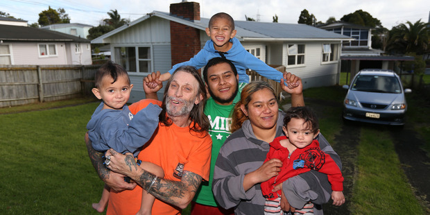 Loading Tony Lepage and family find a house after living in a car. (L-R) Tangaroah Williams, Tony Lepage, Xzavier Williams, Isaiah Williams, Megan Williams and Anthony-Paul Williams. Photo / Doug Sherring