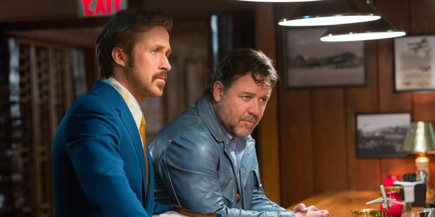 Russell Crowe and Ryan gosling in 'The Nice guys' (2016)