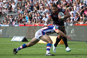 Manu Vatuvei of the Vodafone NZ Warriors in action against the Newcastle Knights. Photo / Nick Reed.