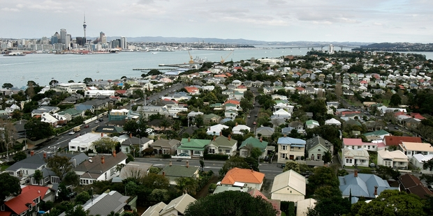 Loading Auckland is a world leader (in a negative sense) in terms of urban sprawl and housing affordability. Picture / Chris Skelton
