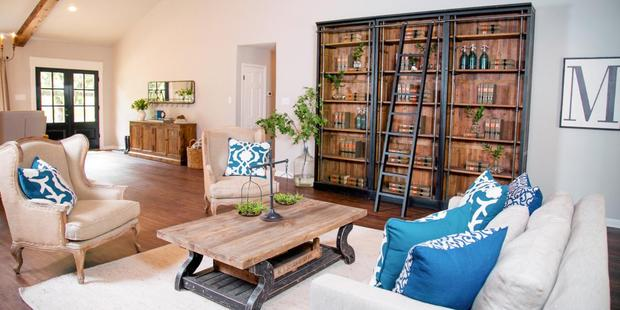 A home makeover scene from Fixer Upper, coming to NZ soon. Photo / HGTV