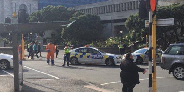 Emergency services at the scene. Photo / Jenna Raeburn Twitter