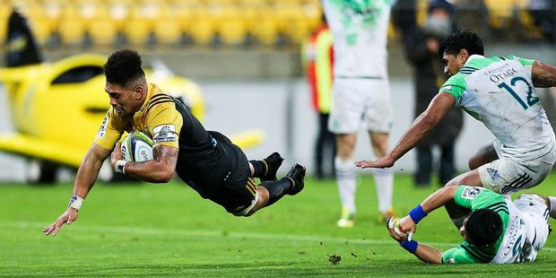 Ardie Savea scoring the winner for his Hurricanes this week. Photo / Getty