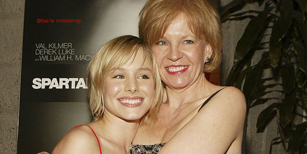 Kristen Bell and mother Lori Bell. Photo / Getty Images