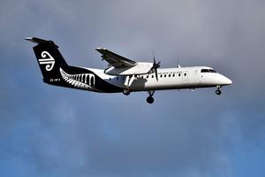 Air New Zealand, landing Tauranga Airport. Photo / George Novak