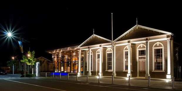 Carterton district councillors last week accepted a proposal to trial longer library hours on Saturday, with new opening hours from 10am to 4pm. PHOTO/FILE