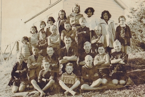 A photo of the former school and students in 1940.