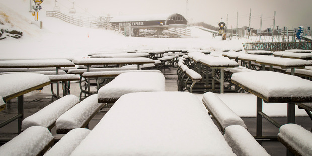 File picture of heavy snow falling on Coronet Peak ski field above Queenstown. Photo / File