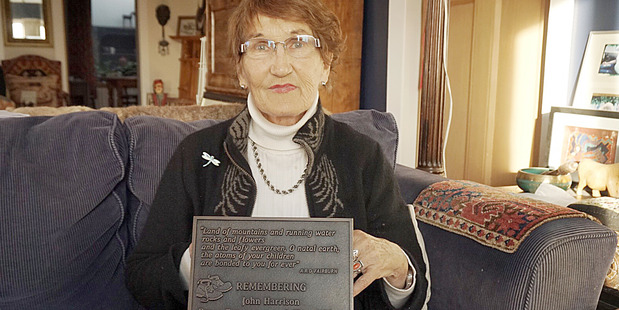 Annie McGregor with the plaque honouring her late husband John Harrison. Photo / Alex Parsons