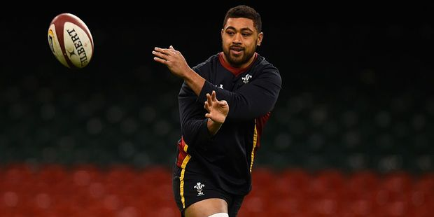 Welsh media rate No. 8 Taulupe Faletau over All Blacks captain Kieran Read in the lead up to tonight's test. Photo / Getty