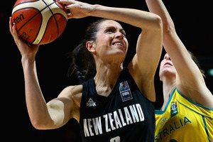 Natalie Taylor of the Tall Ferns drives to the basket against Australia. Photo/ Getty Images