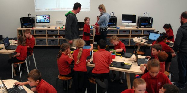 Teachers and pupils from Douglas Park School in Masterton come to grips with 3D printing technology at Fab Lab Masterton.PHOTO/NATHAN CROMBIE