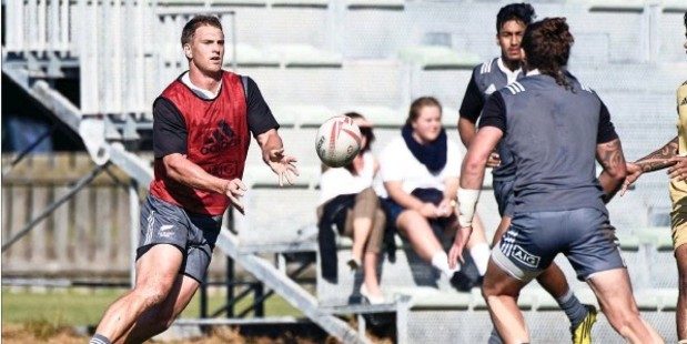 PUSHING HARD: Papamoa resident Scott Curry in action at All Blacks Sevens training at Blake Park.