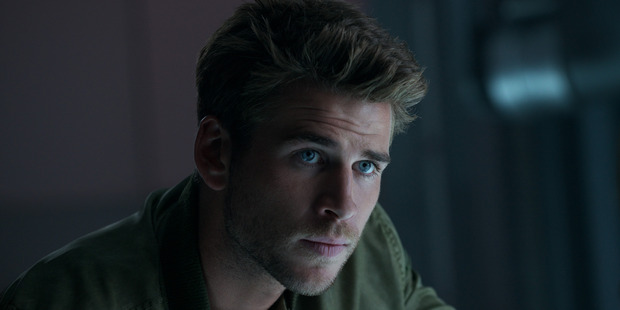 A scene from Independence Day Resurgence starring Liam Hemsworth.