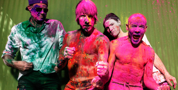 Photo of the Red Hot Chili Peppers which includes Chad Smith, Anthony Kiedis, Josh Klinghoffer and Flea.