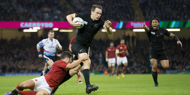 New Zealand All Blacks fullback Ben Smith in action during the Quarter Final between France and the All Blacks, held at Millennium Stadium, at the Rugby World Cup 2015. Photo / Brett Phibbs.