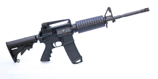 Loading A Rock River Arms AR-15 rifle. The weapon is similar in style to the one police say was used in the mass shooting at Pulse nightclub in Orlando. Photo / Getty Images