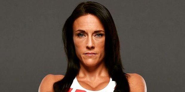 Valerie Letourneau suffered a TKO loss to Calderwood. Photo / Instagram / @valerietroubleletourneau