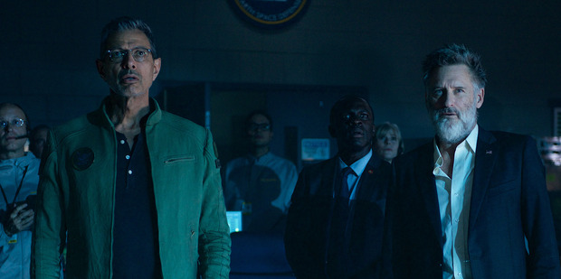Loading A scene from Independence Day: Resurgence, the sequel that isn't firing with critics.
