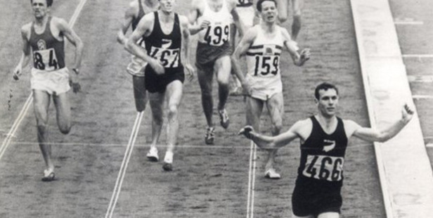 Peter Snell takes gold during the 1500m event at Tokyo. Photo / Herald Archive