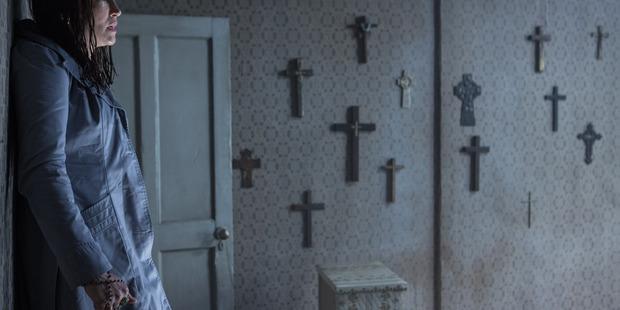The Conjuring 2 starring Vera Farmiga, Patrick Wilson, Madison Wolfe, Frances O'Connor.
