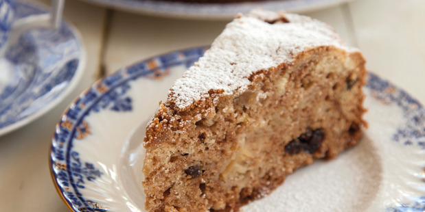 One-pot spiced apple cake. Photo / Annabel Langbein Media