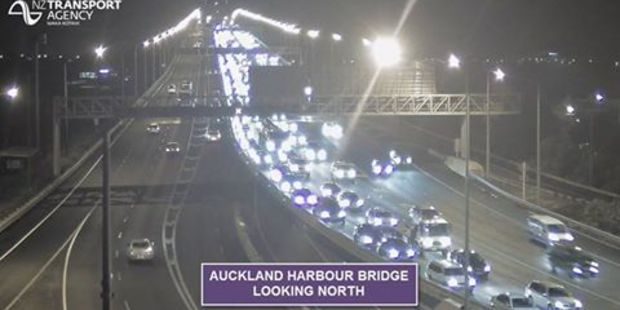 Auckland motorists told to not use the Northern Motorway this morning. Photo / NZTA Facebook