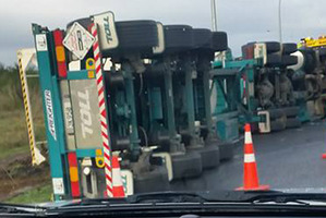 The scene of the over-turned truck near Taupo this morning.  Photo/Rohan Knowles