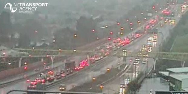 Heavy traffic on the North-Western Motorway in Auckland. Photo / Twitter / NZTA