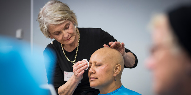Carole Bird and Cancer patient Maria Marama during her session with 'Look Good Feel Better' at the Manukau Super Clinic. Photo / Greg Bowker