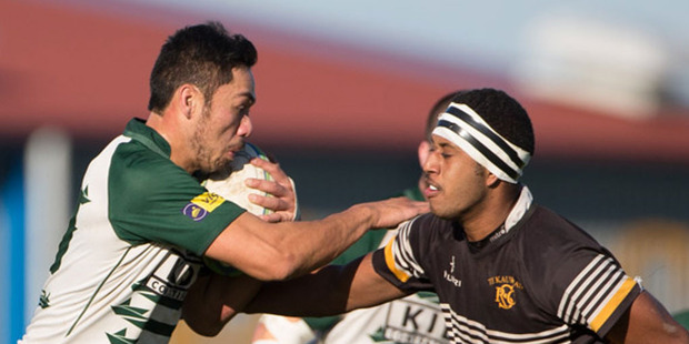 Manurewa, in green and white, crushed Te Kauwhata 60-8 in Counties Manukau premier club action. Photo/Richard Spranger