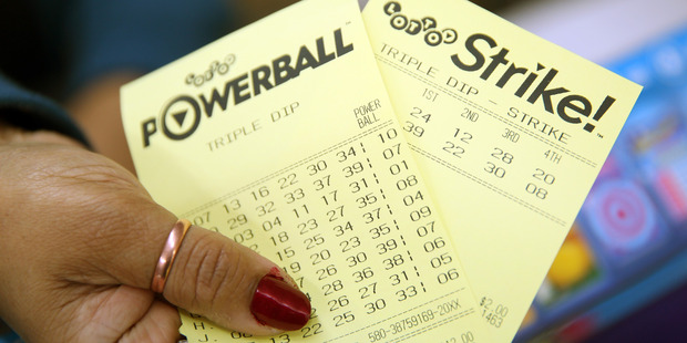 Loading A Florida man, who has won several grand prizes in Lotto, says the secret is in choosing your own numbers. Photo / Michael Bradley