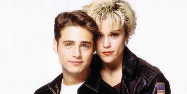Christine Elise dated her co-star Jason Priestley in real life for five years.