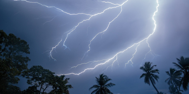 So reliable is the lightning that small tourism operators have built an income around it. Photo / Fernando Flores, Flickr