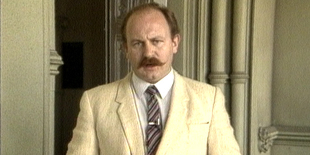 Mark Sainsbury, seen reporting for TV One in 1984. Photo/TVNZ