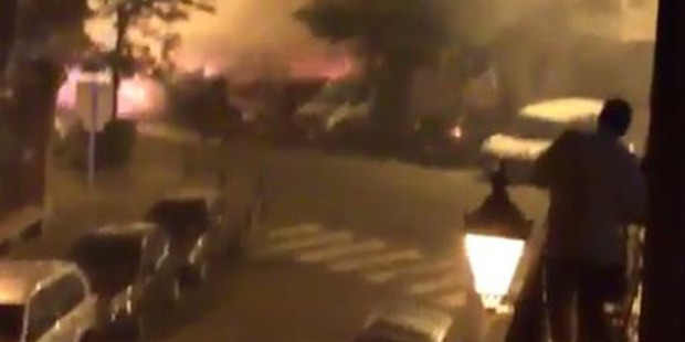 Loading A series of explosions have rocked the Brussels suburb of Saint-Gilles as fire ripped through several parked cars. Photo: @anti_zeta/Twitter