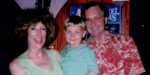 Katherine, Alex and Dave Lewis in 2004, three years after he was diagnosed with head and neck cancer. Photo / Supplied by family