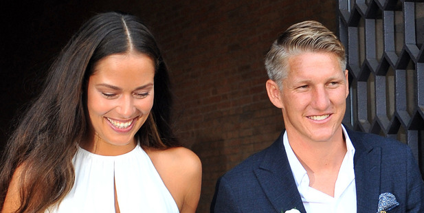 Schweinsteiger marries Ivanovic in Venice