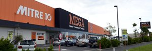 Mitre 10 stores 'misled' union to prevent strike