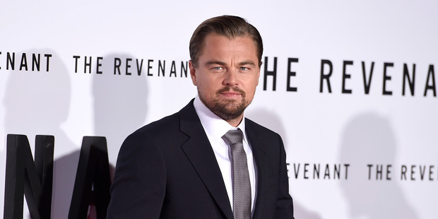 Leonardo DiCaprio paid a huge sum for U2 lead singer Bono's guitar in the name of charity.