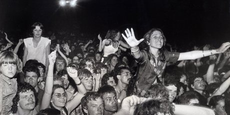 David Bowie greeted a rapturous crowd of 48,000 at Western Springs in 1978.
