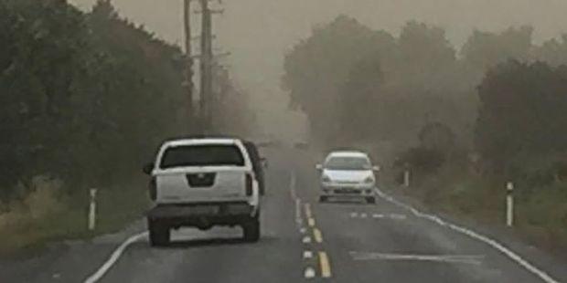 "Posted by YeahNah Productions on Facebook: ""A sand/dirt/dust storm hitting #christchurch now. #weird #weather #weirdweather #chch #newzealand #nz #instagram"". Photo / Facebook"
