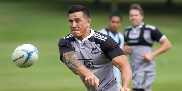 Loading Sonny Bill Williams gets into the swing of things today as he begins training with the All Blacks Sevens. Photo / Alan Gibson