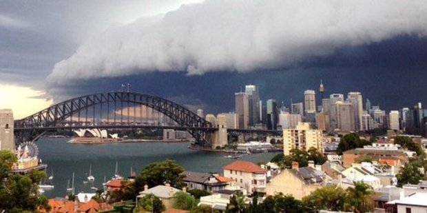 Sydney was hit by a massive storm last night that left one dead and thousands without power. Photo / Michael Munday Twitter
