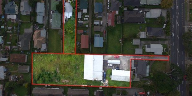 The Otahuhu propery is selling for $4 million due to a large adjoining property behind the house. Photo / Trade Me