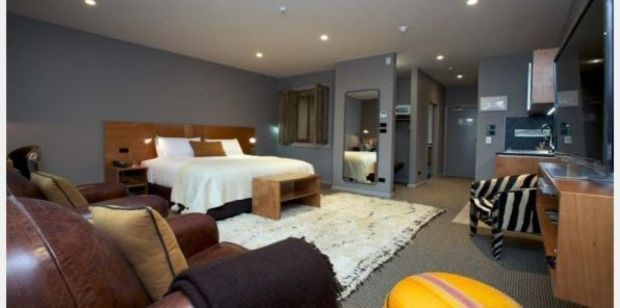 The anniversary Suite at New Plymouth's King and Queen Hotel Suites. Photo / kingandqueen.co.nz