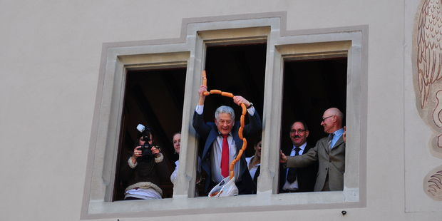 Once a politician tosses a sausage and bread roll out the window, it's on for young and old. Photo / Roland Zh, Wikimedia Commons