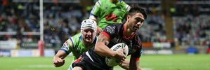 Shaun Johnson of the Warriors scores a try during the round 11 NRL match between the New Zealand Warriors and the Canberra Raiders at Yarrow Stadium. Photo / Getty Images