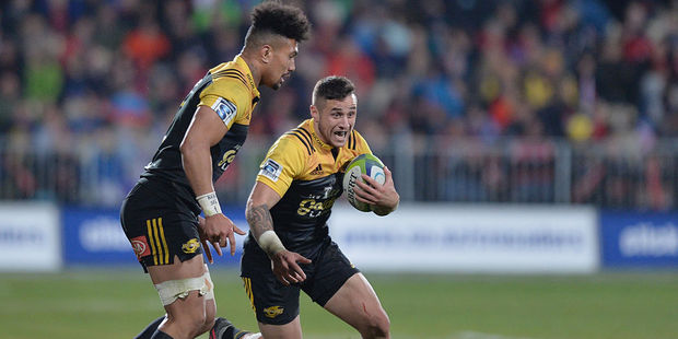 Loading TJ Perenara and Ardie Savea will be key men tonight. Photo / Getty