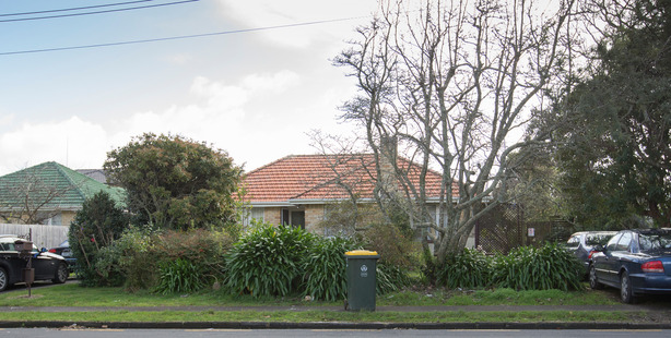 An Auckland property at 14 Carlie St, Papatoetoe. Photo / Greg Bowker